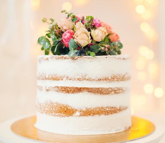 専属パティシエが作る、ウェディングケーキ&デザート